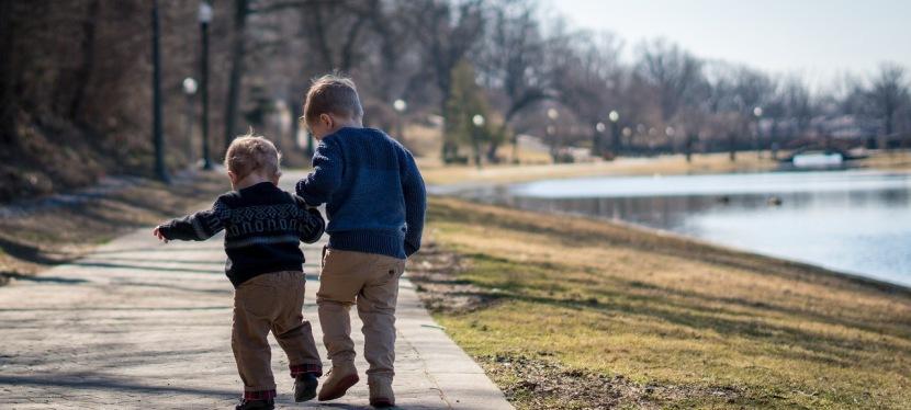 Hogy lehet a testvérféltékenységet megelőzni?